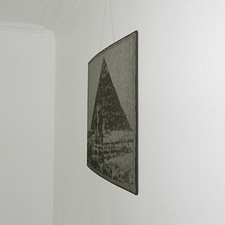 Pyramid_01_square_small2