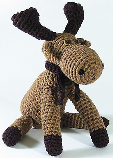 Moose_sitting_small2