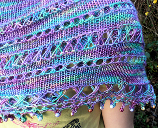 Shawl_close_up_1_small2