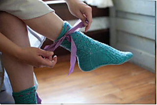 Frivolous_socks_interweave_profile_small2