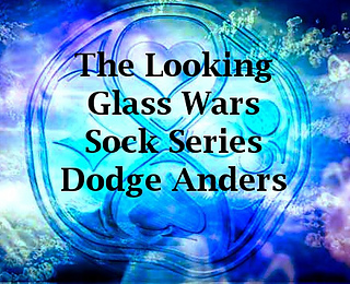 Looking_glass_wars_dodge_small2