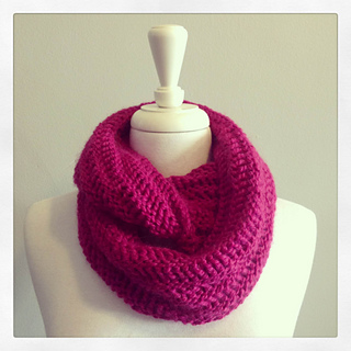 Pink-cowl-02_small2