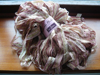 Stash_lh_sari_ribbon_pinks_small2