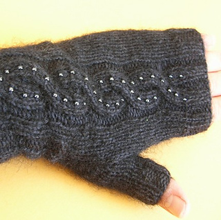Fingerless_glove_1_small2
