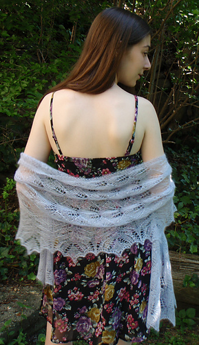 Lilac_stole_finished_best_back_medium