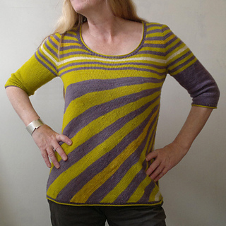 Crazy_stripes_tee_mod_4_small2