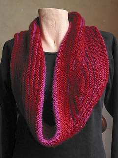 Red_cowl5_small2