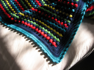 Joey_s_blanket_edging_small2