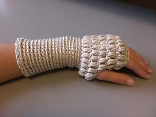 P34h_abby_fingerless_gloves_small2