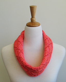 Malya_cowl_small2