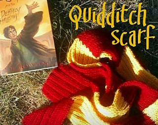 Quidditch_scarf_small2