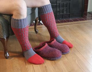 Ez_socks_on_kelly_small2