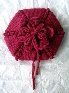 Flower_beret_large1_small2
