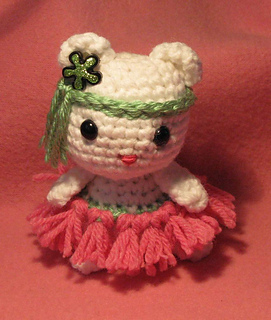 Hoola_kitty_front_small2
