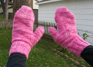 Pink_mitten_018_small2
