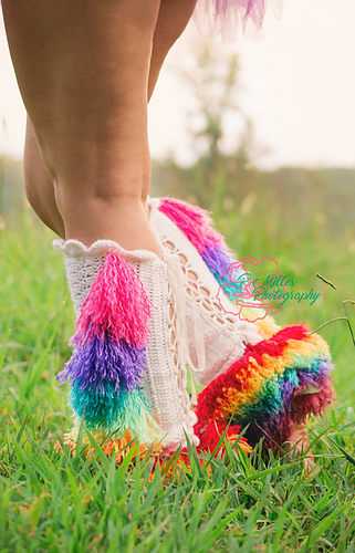 Unicorn_legwarmers_2_medium