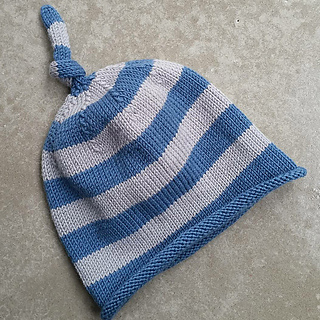 Columba_s_hat_small2