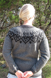 Ironheart_pullover_2_small2