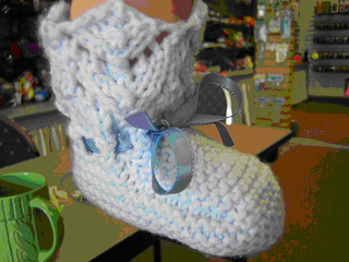 Lace_baby_bootie_small2