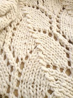 Trellis_blanket_detail_small2