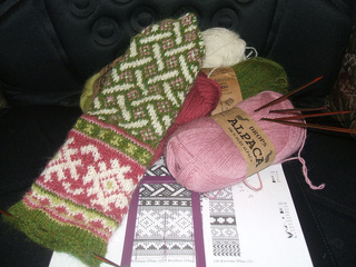 Knitting_2010_039_small2