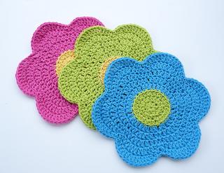 Flower_dishcloth_re_small2