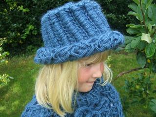 004_breeze_brimmed_hat_small2