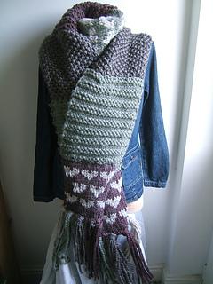 Highland_butterscotch_scarf_small2