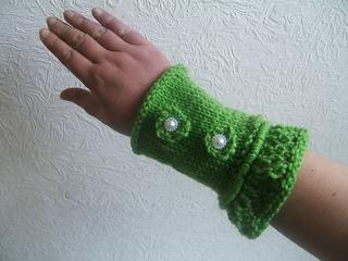 Sc110_wrist_warmers_small2