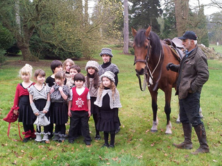 Woburn_shoot_group_shot_woburn_models_2_small2