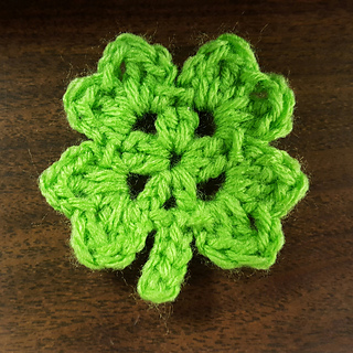 Free Crochet Patterns Four Leaf Clover : Ravelry: Lucky Four Leaf Clover pattern by Amanda B