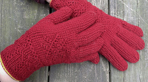 Toasty Twined Knitted Gloves from Sweden PDF