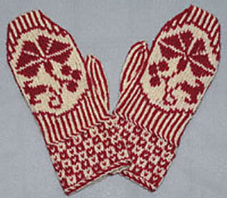 Morning_glory_mittens_small2