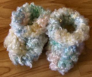 Free Crochet Patterns Bernat Baby Blanket Yarn : Ravelry: Bevs Baby Cloud Booties pattern by Beverly A ...