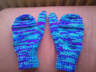 Ravelry: Childrens mittens pattern by Operation Christmas Child Internat...