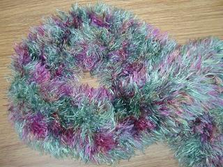 Scarf_-_nanci_christmas_2002_small2