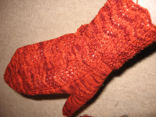 Red_gloves_2_small2