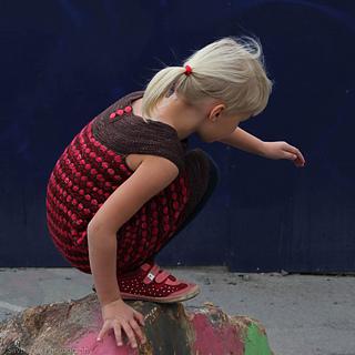 Mesmeria-dress-katrine-birkenwasser-knitting-pattern-6_small2