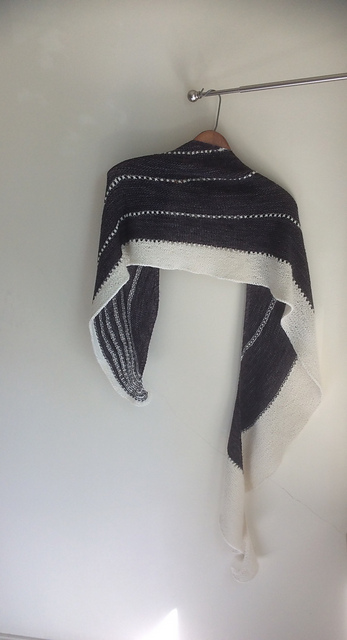 Bogna brought in her striking black & white shawl. The pattern is Pure Joy by Joji Locatelli. The yarn is Yough Sock by Youghiogeny Yarns.