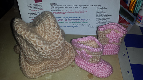 Savannah_hat_and_boots_set_2_medium