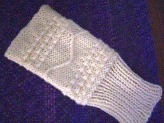 Fingerless_glove_on_270_small2