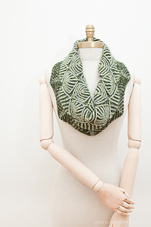 Uds_cowls1mannequin-5497_small2