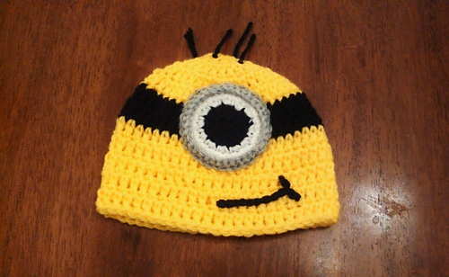 Free Crochet Pattern Minion Beanie : Ravelry: Minion Beanie pattern by Butterflys Creations