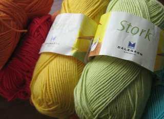 Rainbow_baby_yarn_3_small2