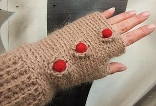 Medici_crochet_mittens_7_small2