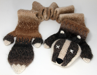 Badger_scarf_web_small2