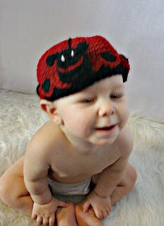Ladybug_hat_small2