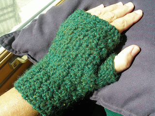 Nofingermittsgreen_small2