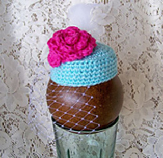 Pill_box_hat_pink_flower_small2