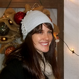 Justine_in_hat_small2